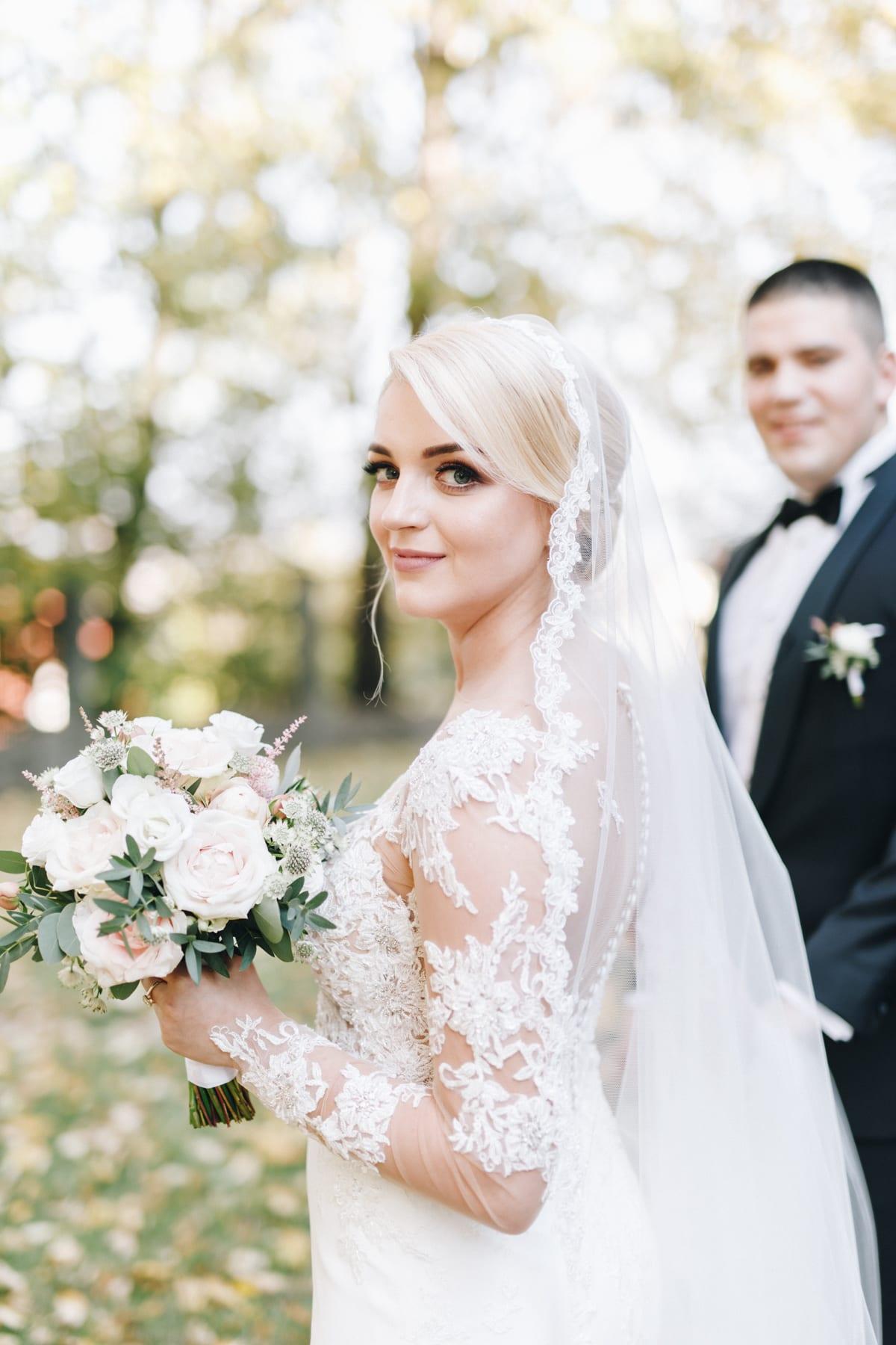 Ślub w drewnianym kościele-35