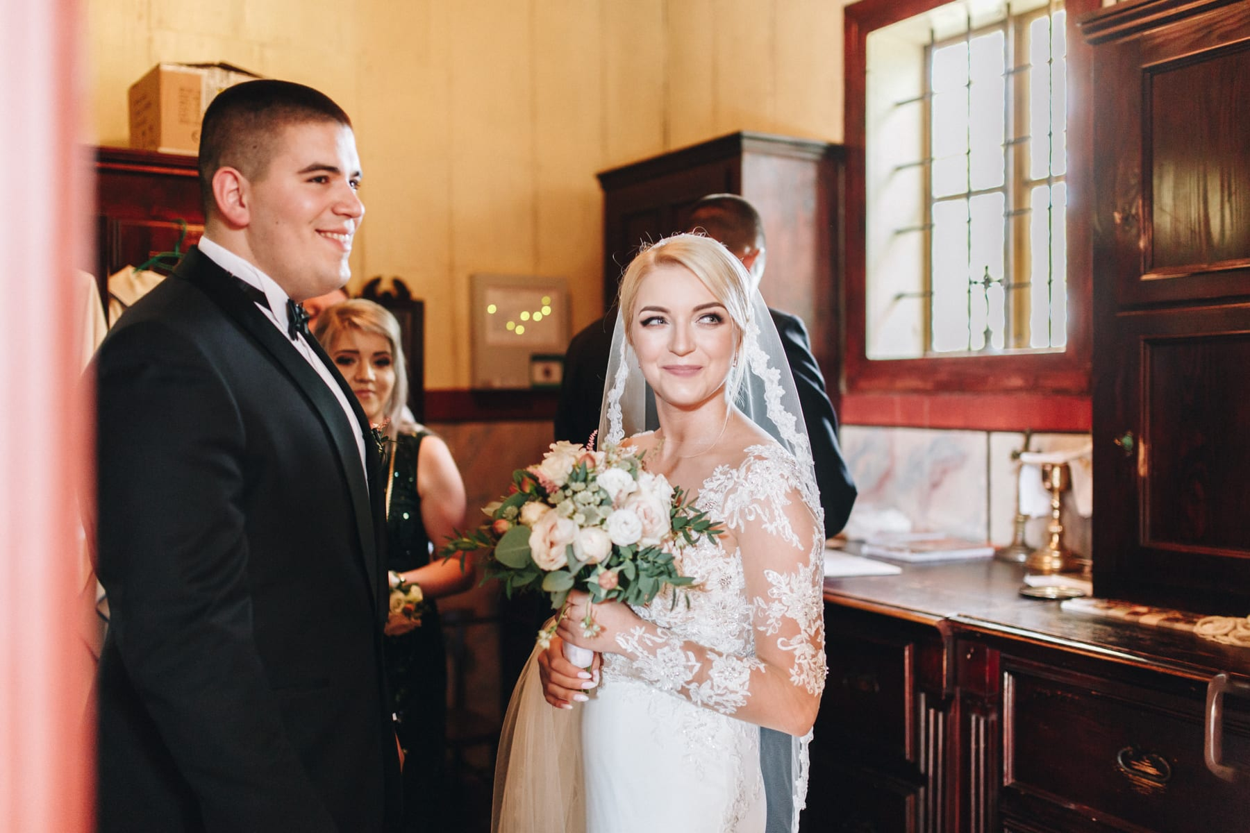 Ślub w drewnianym kościele-39