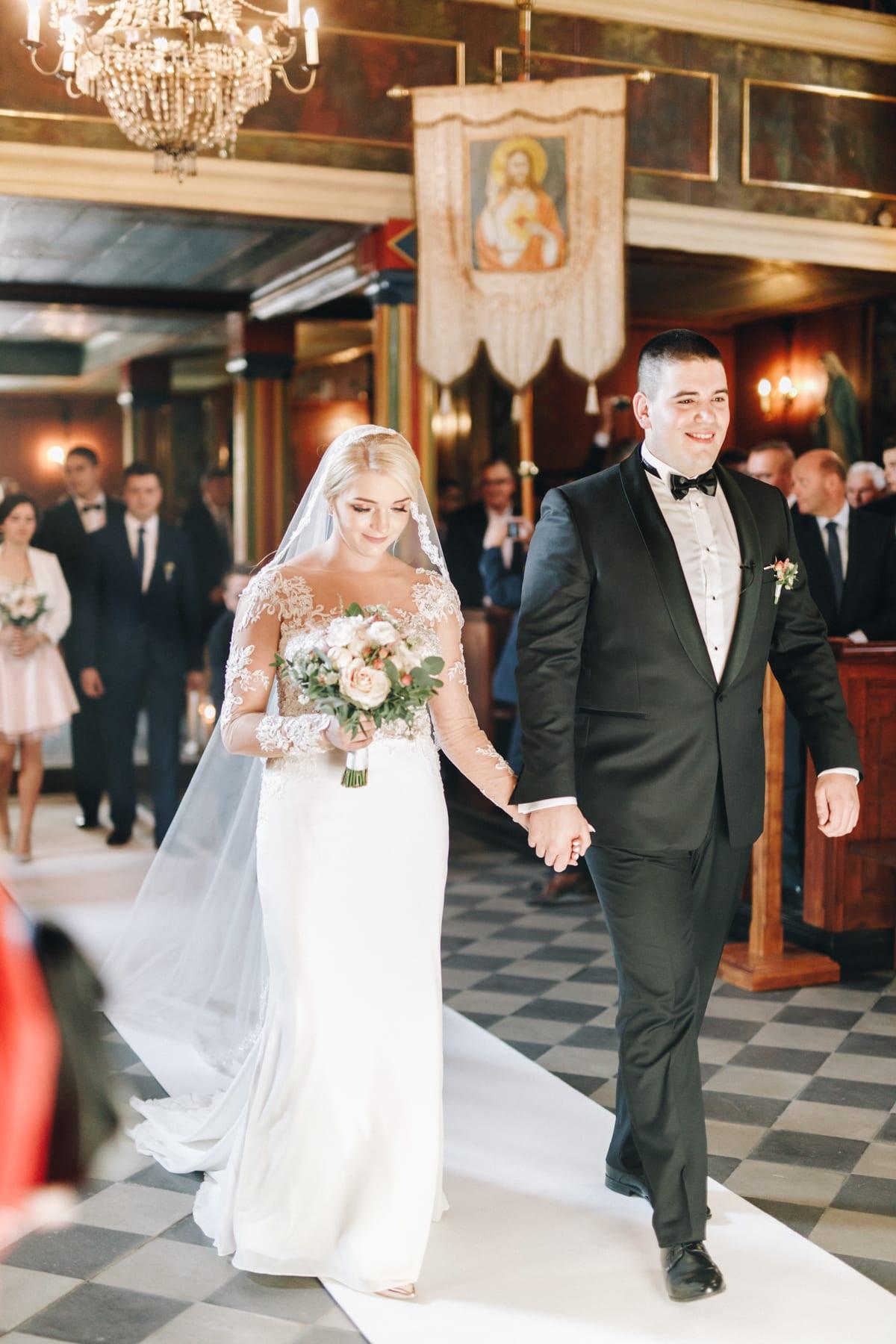 Ślub w drewnianym kościele-43