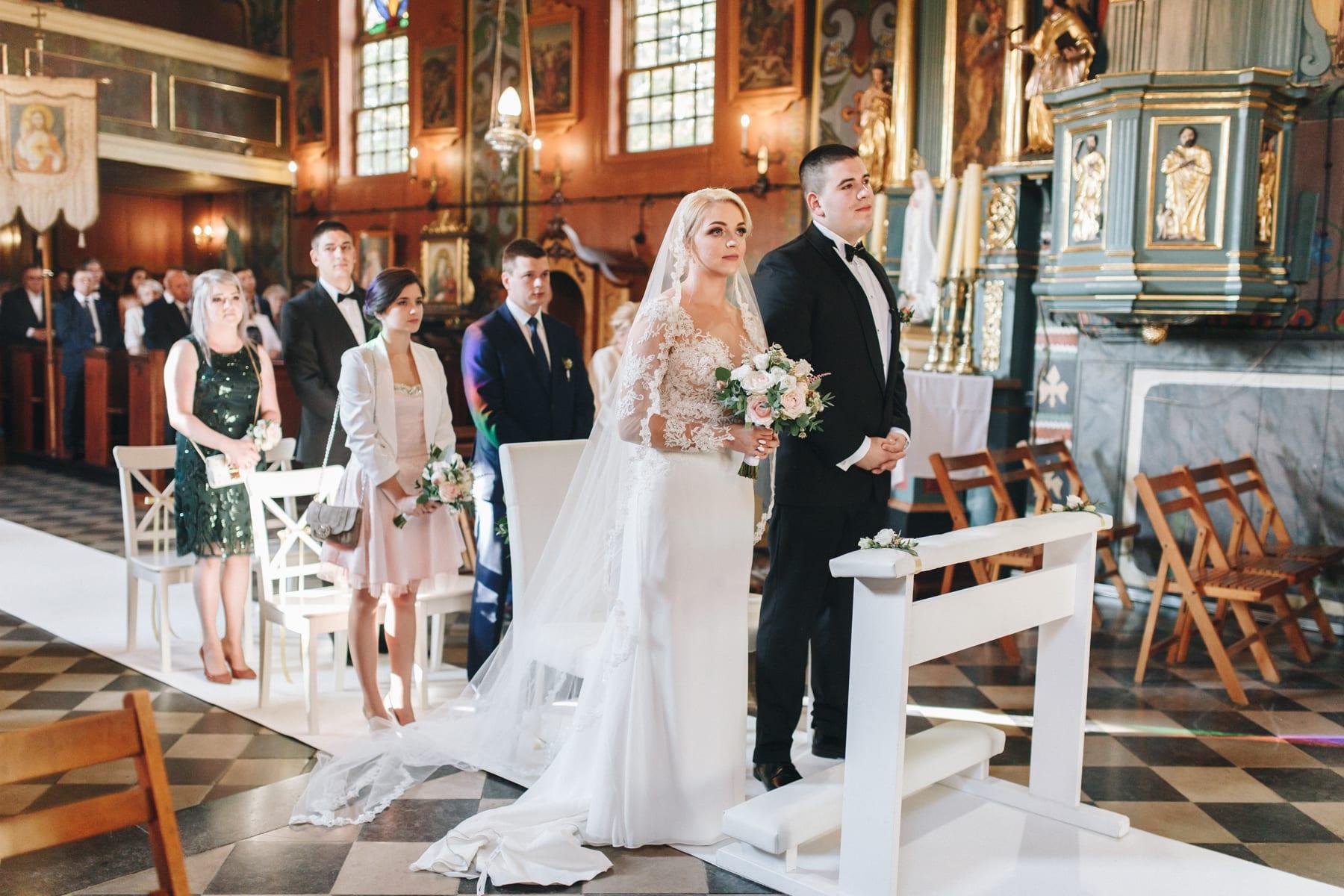 Ślub w drewnianym kościele-53