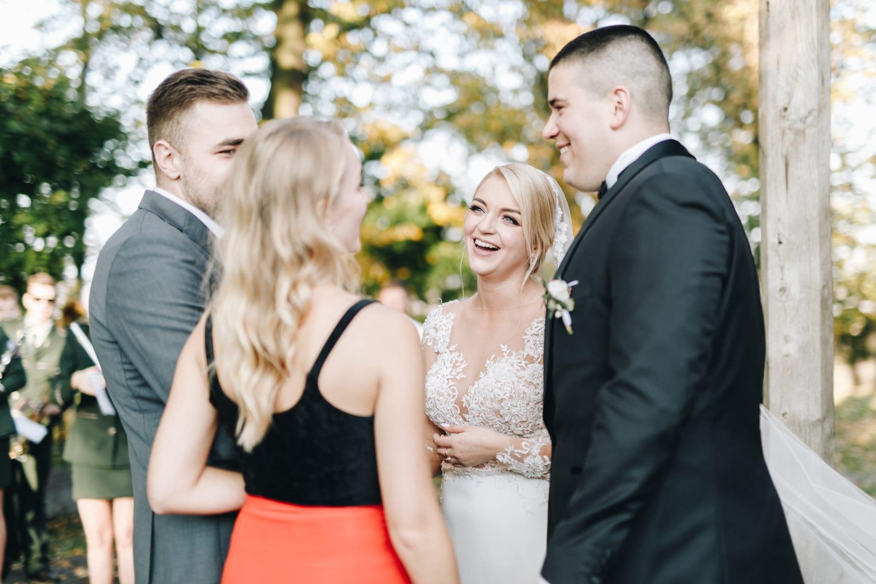 Ślub w drewnianym kościele-63